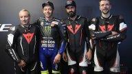 MotoGP: Valentino Rossi consegna l'assegno alla Fondazione Simoncelli