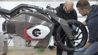 Moto - News: BMW Motorrad Vision DC Roadster: lo sguardo al futuro