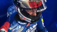 MotoGP: Alex Rins in pista a Motegi con un casco con fiori di ciliegio