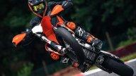 Moto - News: KTM, presentata la nuova 450 SMR 2021