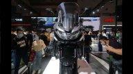Moto - News: Zongshen presenta la Cyclone RX6, crossover con motore Norton