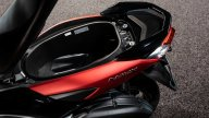 Moto - News: Yamaha NMax 125, scooter urbano connesso e sportivo