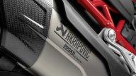 Moto - News: Ducati Multistrada V4, sportiva e leggera con gli accessori Akrapovič