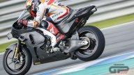 MotoGP: TUTTE LE FOTO - La Honda RC213V 2021 a Jerez ai box e in azione con Bradl