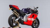 Moto - News: La Aprilia RS250 Replica Loris Reggiani Racing all'asta per 15.000 dollari