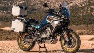 Moto - News: CFMoto 800 MT: l'adventure con motore KTM e prezzo super competitivo