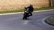 Moto - Test: Triumph Street Triple R 2021 | Perché comprarla... E perché no