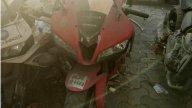 Moto - News: Honda Fireblade, Yamaha FZ-1 e co.: a Mumbai il cimitero delle superbike