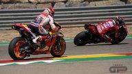 MotoGP: TUTTE LE FOTO - Il sorpasso decisivo di Bagnaia su Marquez ad Aragon