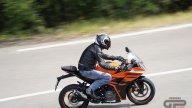 Moto - Test: KTM RC390 2022, piccole superbike crescono