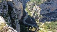 Moto - News: NON ENTRARE - Mototurismo: le Gole del Verdon, sui canyon in moto