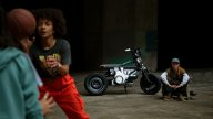 Moto - News: BMW Concept CE 02, il veicolo elettrico rivolto ai giovani