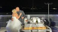 Moto - News: Il matrimonio perfetto? In pista... E con la tuta!