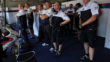 Moto - News: SBK: Rivoluzione in BMW