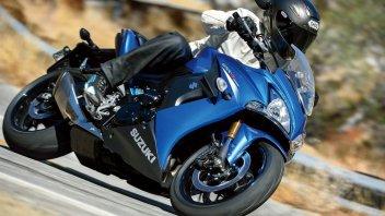 Il turismo sportivo di Suzuki si chiama GSX-F