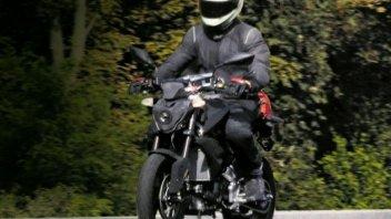 Moto - News: Spy-shot, BMW testa una piccola roadster 300