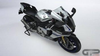 Yamaha, problemi al cambio per la R1