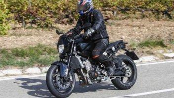 Moto - News: KTM 890 Duke: foto spia del muletto