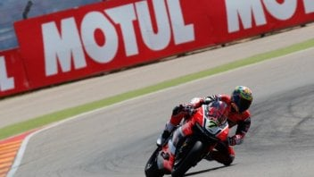 Aragon: Ducati roars to victory with Davies in Race 1