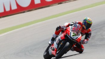 Aragon, SBK: Davies does the double