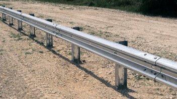 Moto - News: Furti di guardrail: beffa per chi va in moto, nonostante le note polemiche