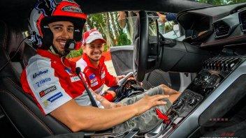 Dovizioso e Stoner in pista assieme...in Lamborghini!