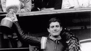 """""""Giacomo Agostini. L'età dell'Oro"""", la mostra celebra il mito"""