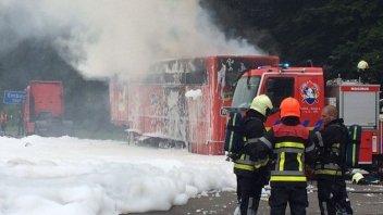 In fiamme un camion del team AGR
