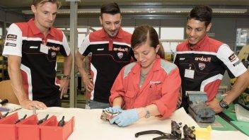 Il team Ducati Aruba scopre... come si frena