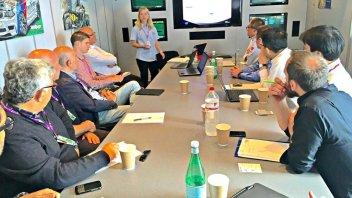 La FIM lancia il programma di certificazione dei caschi 'racing'