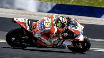 Test. Ducati, the fantastic 4: Iannone, Dovi, Stoner, Barbera