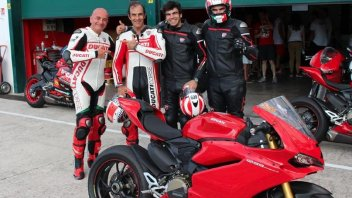 Pirro on the Ducati...but this time it's the great Emanuele!