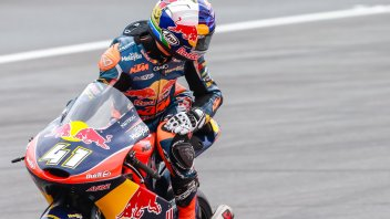 RedBull Ring: Binder resta leader