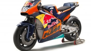Here is KTM RC16 with the official colors