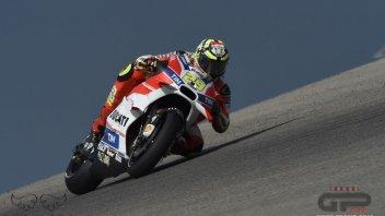 FP3: Iannone fa volare la Ducati, Marquez brutta caduta