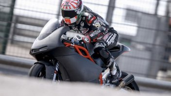 Zarco tests the KTM Moto2 at Aragon
