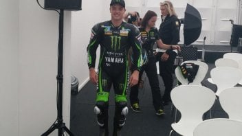 The first picutre of Alex Lowes in Tech3 uniform