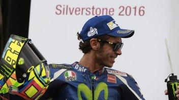 Rossi: Marquez mi riserva sempre un trattamento speciale