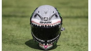 Jorge Lorenzo as Spielberg: Jaws returns