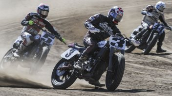 Indian Motorcycle: début for the Scout FTR750 in Flat Track