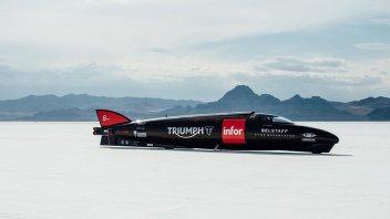 Moto - News: Triumph Infor Rocket: pronto per infrangere il record