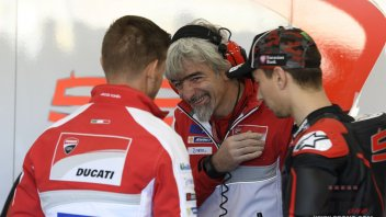 Ducati with a rider 'double': Stoner alongside Lorenzo