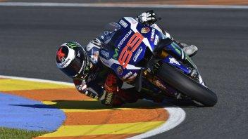 Lorenzo regala a Yamaha l'ultima pole a Valencia