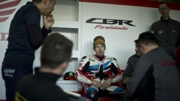 Nicky Hayden to sit out jerez test due to injury