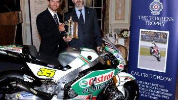 A Londra Cal Crutchlow riceve il Torrens Trophy