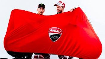 Lorenzo e Dovizioso con la nuova Ducati... coperta