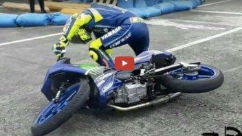 Rossi: prima di salire sulla M1 cade con lo scooter