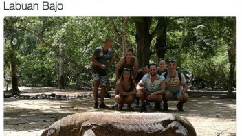 Valentino face to face with the Komodo Dragon