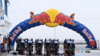 Moto3: Tre italiani all'attacco nella Rookies Cup