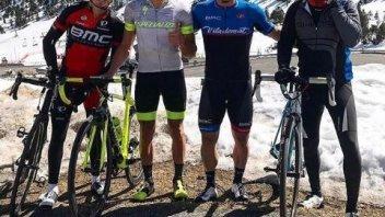 MotoGP: Lorenzo ed Espargarò compagni fuori dalla pista... di bicicletta